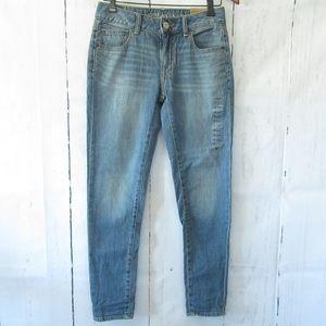 American Eagle Boy Jeans Ankle Crop Vintage Wash